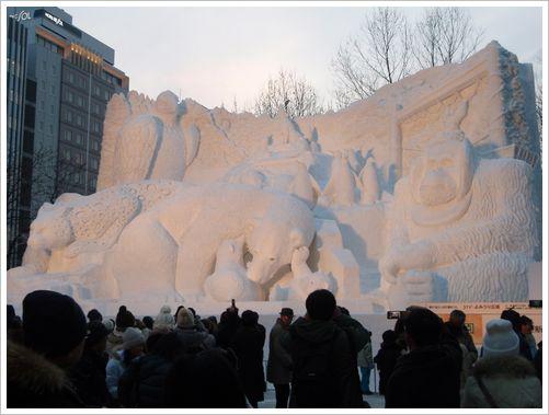 雪まつり 北の動物園.jpg